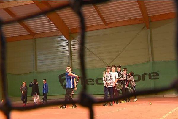 Près de 200 pratiquants sont accueillis dans ce club de tennis cette année.
