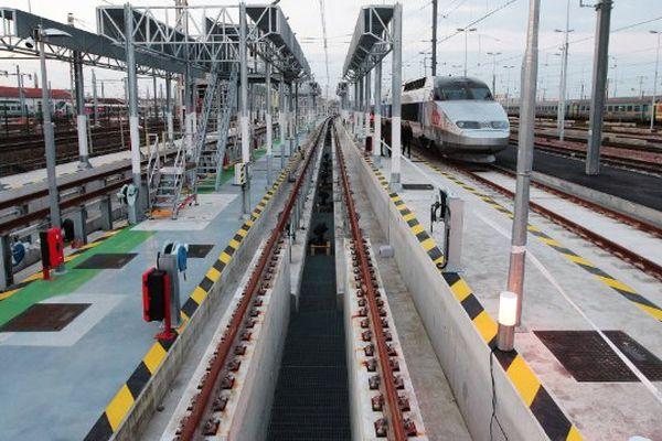 Inauguration du centre de maintenance des rames du TGV Atlantique le 16 mars 2016 à Bordeaux.