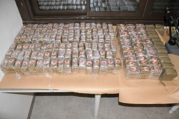 116 kg de résine de cannabis ont été saisis au domicile d'un homme à Ile-sur-Têt dans les Pyrénées-Orientales