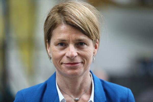 Isabelle Le Callennec, candidate de la droite, maire de Vitré.