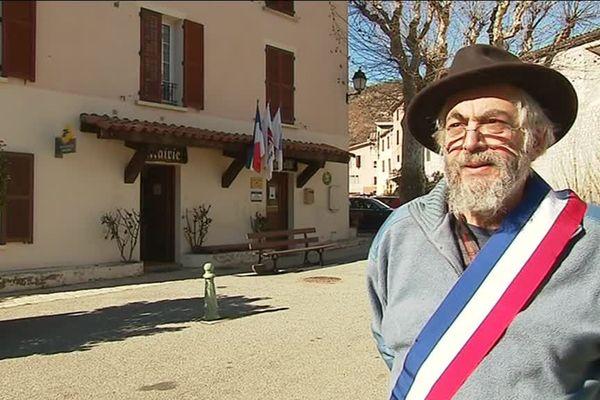 Jean-Marc Fonseca, maire de Rigaud, lance un appel au secours.