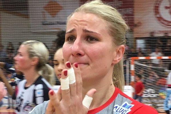 La capitaine de Celles-sur-Belle Sladjana Topic quitte le club, très émue, sur une victoire - mai 2019