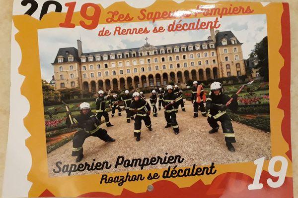 Les pompiers se sont amusés pour réaliser leur calendrier.