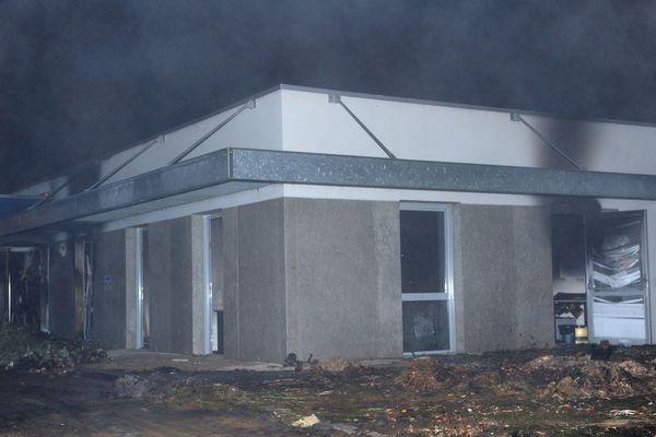 Le bâtiment de la  Mutuelle Sociale Agricole (MSA) de Morlaix, incendié lors d'une manifestation d'agriculteurs le 19/09/2014
