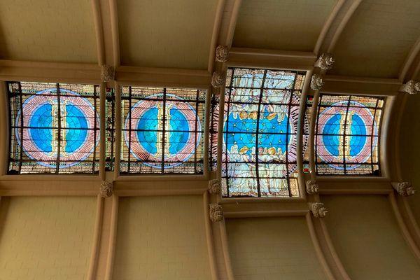 Le vitrail du temple protestant de Saintes est classé aux monuments historiques.