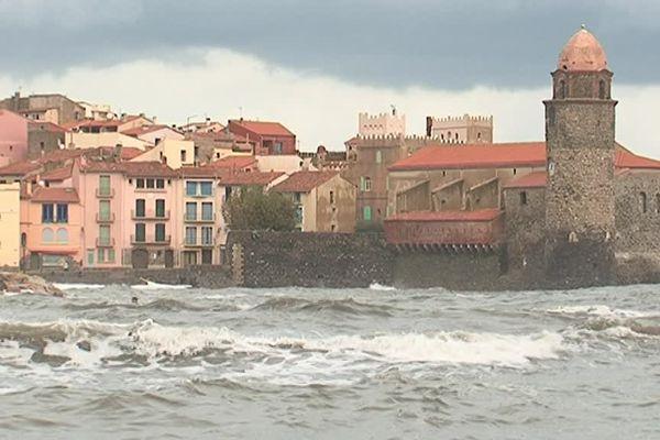 La mer était très agitée à Collioure sur la cote catalane le 13 octobre 2016
