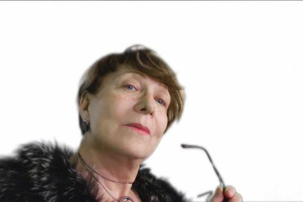 Vous me reconnaissez ? C'est moi, Martine Alcan !