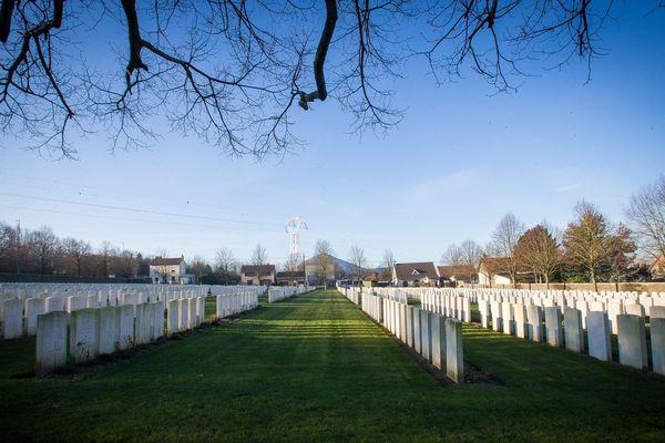 Cent ans après leur mort, quatre soldats canadiens de la Grande Guerre seront inhumés jeudi à Loos-en-Gohelle.
