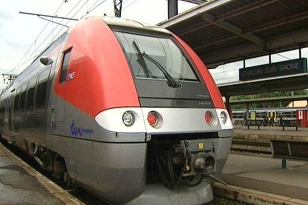 Le trafic ferroviaire grandes lignes et régional sera fortement perturbé en Bourgogne et dans toute la France jeudi 25 octobre 2012.