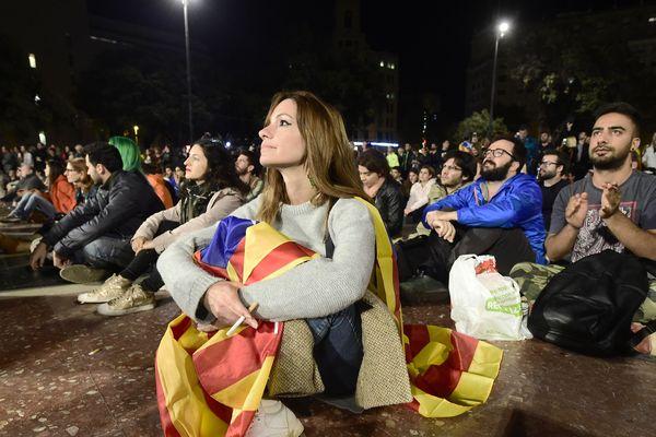 Un appel à la grève générale a été lancé pour mardi en Catalogne.