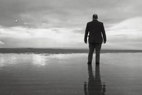 """Lewis Evans  dans un clip signé Jonathan Perrut pour son EP """"Rayon Vert"""""""