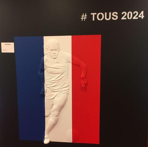 L'un des bas-reliefs en lien avec les Jeux olympiques.
