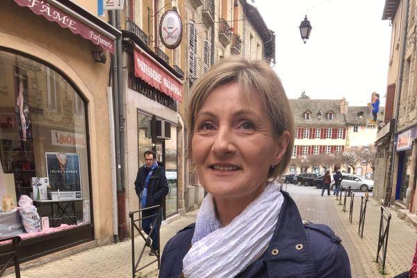 Patricia Brémond pendant la campagne pour les élections municipales 2020