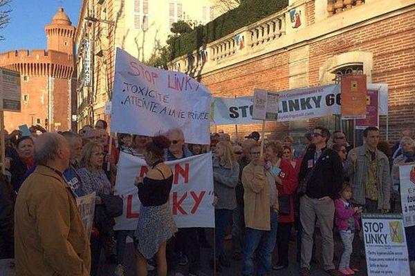 Perpignan - manifestation contre l'installation des compteurs électriques Linky - 20 mars 2017.