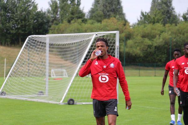 Loïc Rémy à l'entraînement à Luchin en juillet dernier.
