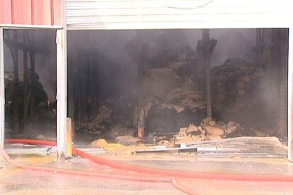Dix salariés travaillaient dans l'usine au moment de l'incendie