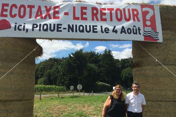 5 ans après la chute du portique écotaxe un pique-nique est organisé le 4 août à Guiclan (29)