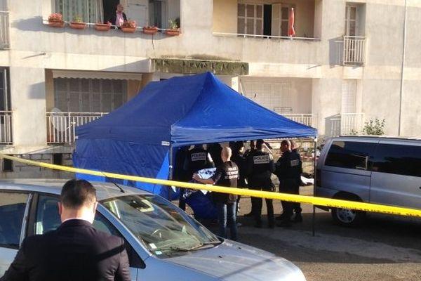 27/11/14 - Jean-Dominique Renucci a été abattu au pied de son immeuble, dans le quartier des Salines à Ajaccio