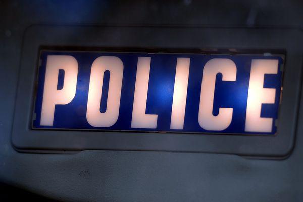 Une femme a été retrouvée décapitée à son domicile, dans le 12e arrondissement de Paris.