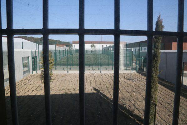 Le détenu qui s'est évadé du centre d'Aix-Luynes avait été condamné en décembre 2014.