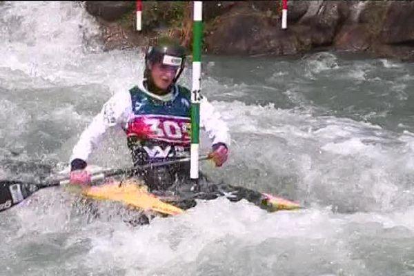 La corrézienne Lucie Prioux lors des championnats de France 2018 de canoë-kayak à Pau