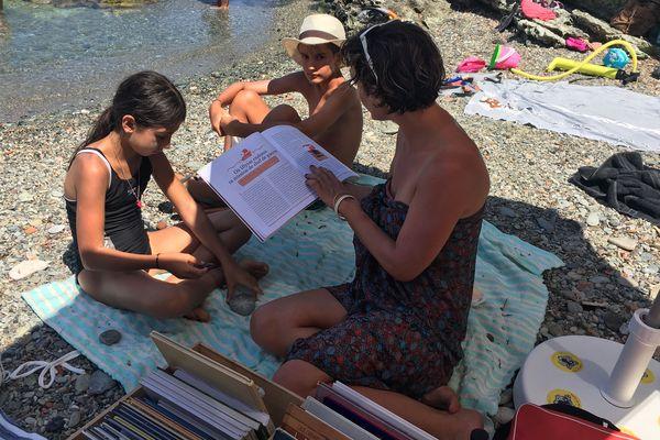 L'initiative nationale la Fête du livre jeunesse se décline sur la place de Grisgione.