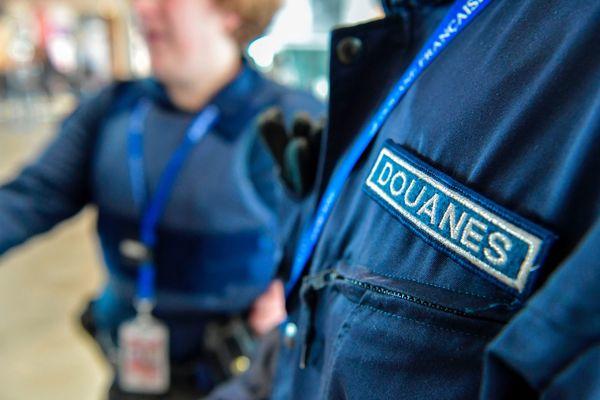 23 kilos ont été retrouvés dimanche 4 juillet dans les bagages d'un voyageur en provenance des Antilles