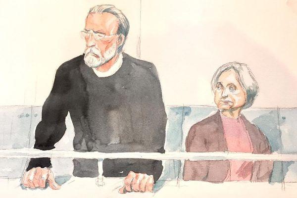Michel Fourniret et Monique Olivier dans le box des accusés à la cour d'assises de Versailles