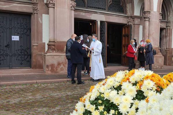 """Une dizaine de membres de l'association Echanges s'est rendue dans les Eglises de Bischheim et de Schiltigheim pour communier avec """"leurs frères catholiques"""""""