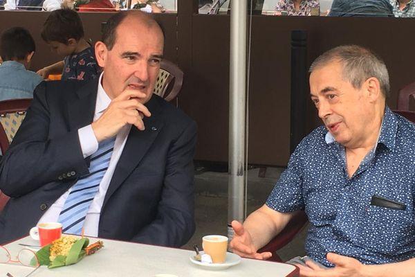Prades (Pyrénées-Orientales) - le Premier ministre Jean Castex à la terrasse d'un café après avoir voté - 27 juin 2021.