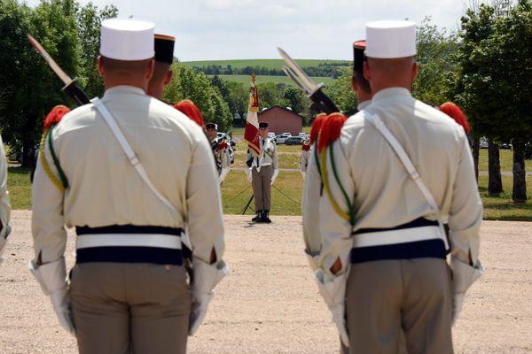 La 13e demi-brigade de Légion étrangère est basée depuis 2016 sur la plateau du Larzac, à La Cavalerie, en Aveyron.