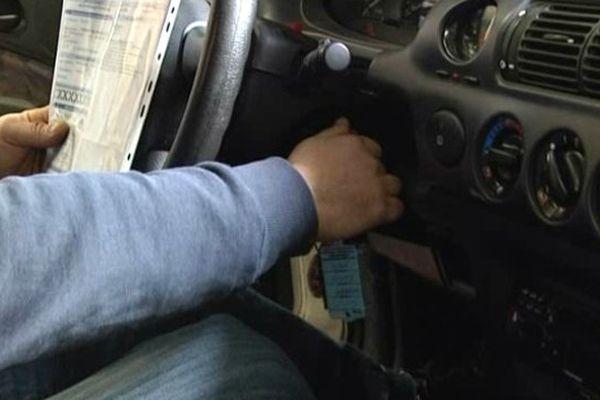 Une voiture remise en état par l'association Pram, la plateforme régionale d'accès à la mobilité.