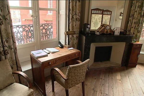 La chambre 32 qu'occupait Saint-Exupéry, conservée dans son jus