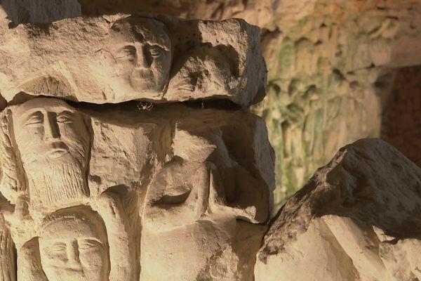 Les sculptures de la cave de Dénezé-sous-Doué