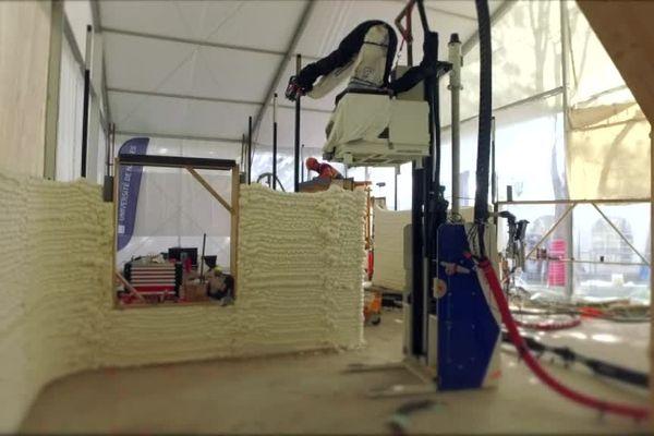 La maison imprimée en 3D et en taille réelle sur place à Nantes : une innovation signée par l'IUT de Nantes en génie des matériaux.