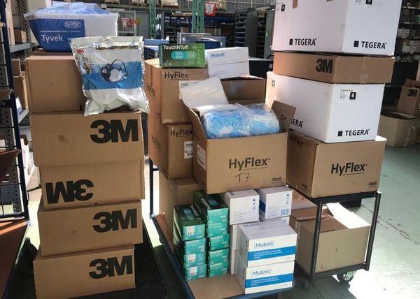 Le stock de matériel de Flex'n Gate, prêt à partir auprès des soignants.