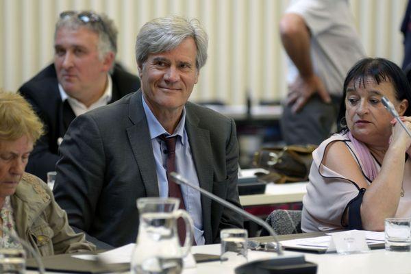 Le socialiste Stéphane Le Foll, élu avec 31 voix sur 55 à la tête de la ville du Mans.