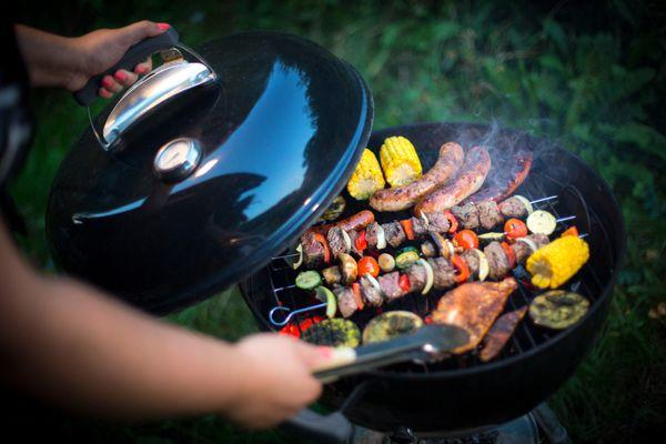 Dès les beaux jours, c'est le grand retour du barbecue et les cours pour se spécialiser dans ce type de cuisson font le plein.