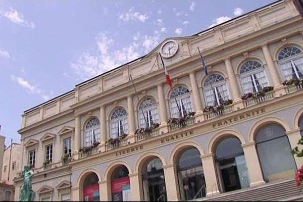 Mairie de Saint-Etienne (archives)