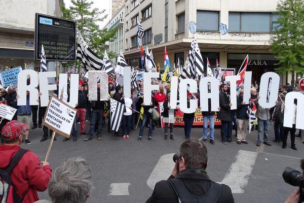 Les manifestants pour la réunification de la Bretagne, le 19 avril 2014 à Nantes