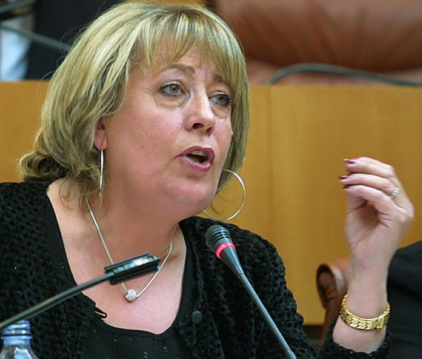 Jocelyne Fazi, en 2002, à l'Assemblée de Corse.