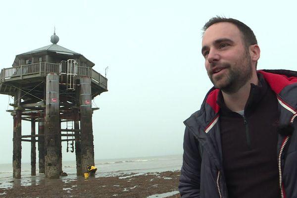 Olivier a passé 24 heures dans le phare du bout du monde.