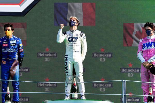 Le rouennais Pierre Gasly  sur le podium à Monza en Italie