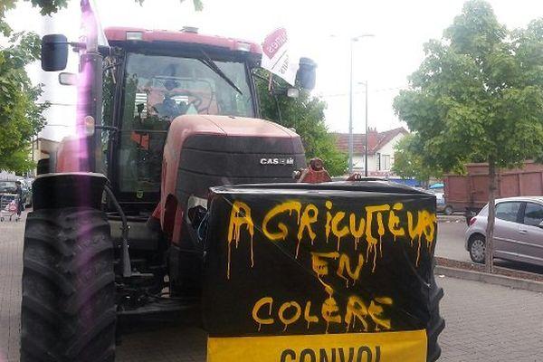 Mobilisation des agriculteurs à Saint-Amand-Montrond (Cher)
