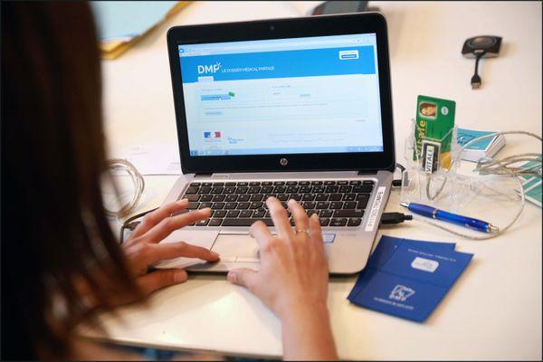Le Dossier Médical Partagé a été lancé par la ministre de la Santé, Agnès Buzyn, début novembre.