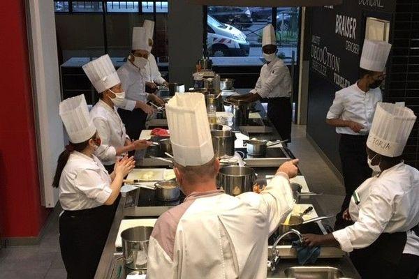 L'école des Cuistots migrateurs à l'Institut culinaire de Paris