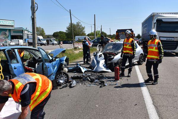 Vestric-et-Candiac (Gard) - accident entre 2 voitures - 5 juin 2019.