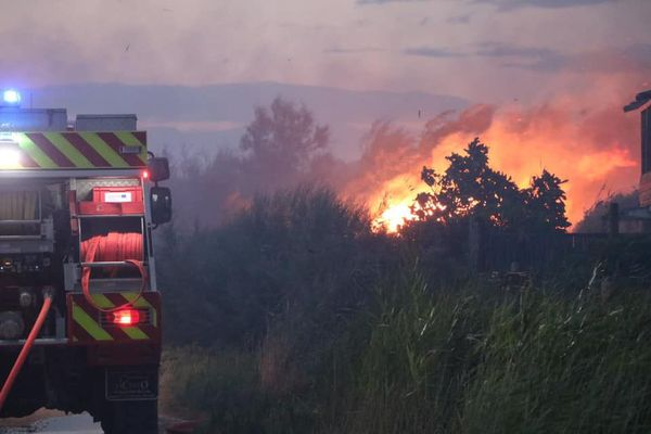 150 pompiers ont été mobilisés pour éteindre le second gros feu de la saison dans le département - 3 juillet 2020.