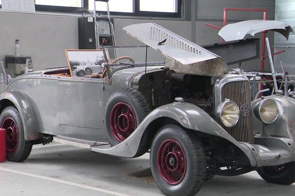 Cette Panhard de collection sera exposée à Angoulême pendant le Circuit des Remparts du 17 au 19 septembre 2021.