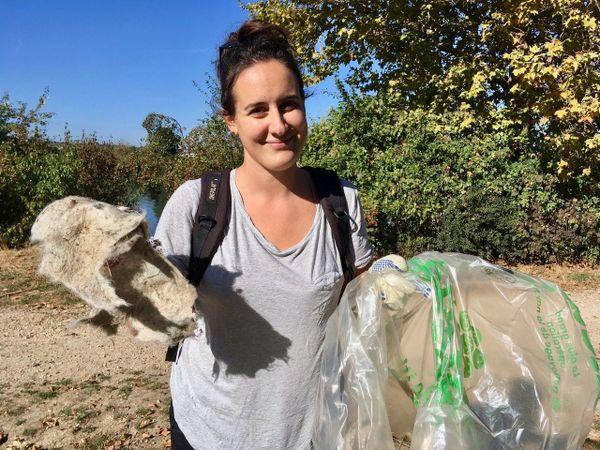 Margaux Delabie, 28 ans, bénévole de l'association Triel Environnement.